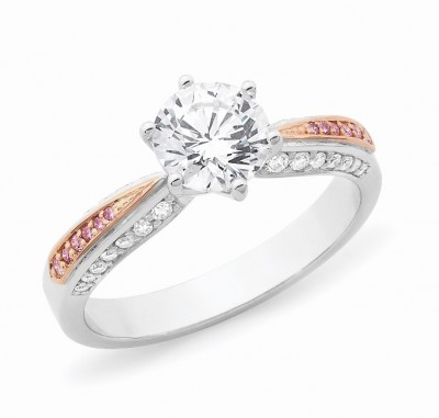 Solitaire with pink diamonds